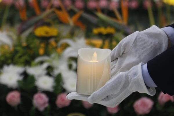 进厅礼仪中的环节--供烛